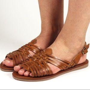 Mia Heritage boho flat sandals size 8